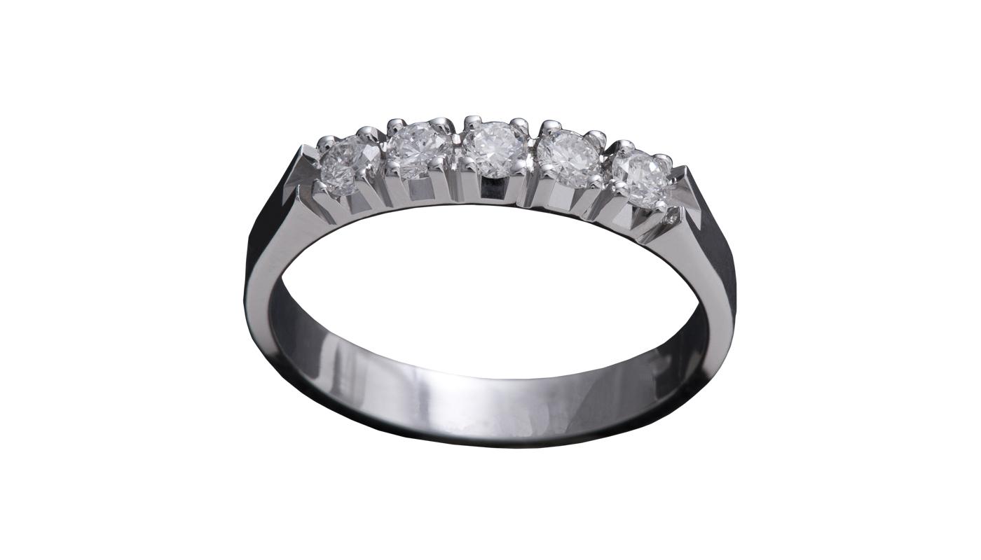 101 – Anello classico in oro bianco e diamanti naturali