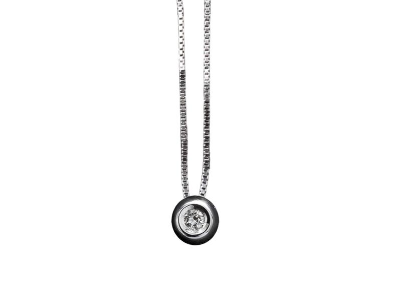 5002 – Collana classica in oro bianco e diamanti naturali