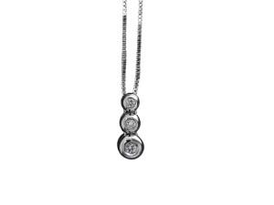 5008 - Collana classica in oro bianco e diamanti naturali