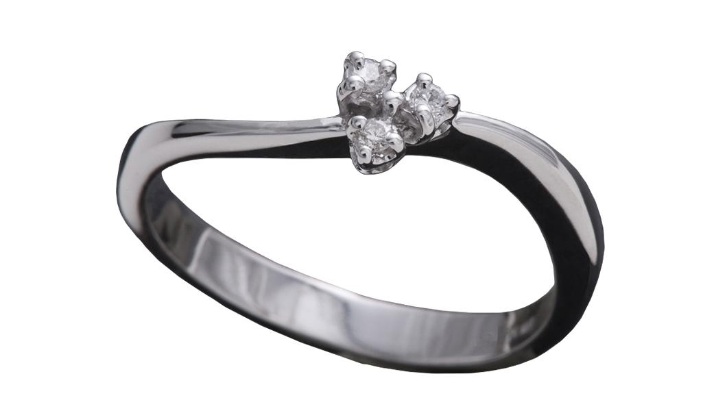 988 – Anello in oro bianco e diamanti naturali